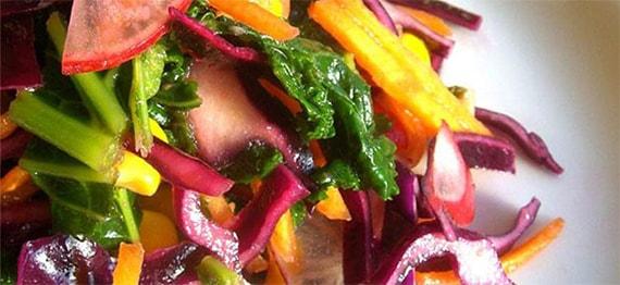 Salata cu Varza Kale