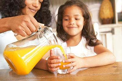 suc proaspat pentru copii