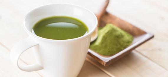 Un ceai revigorant, plin de antioxidanti, care poate inlocui cu succes cafeaua